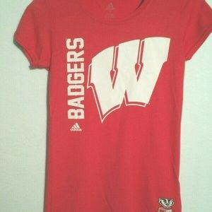 Women's Adidas Wisconsin Badgers t shirt NWT